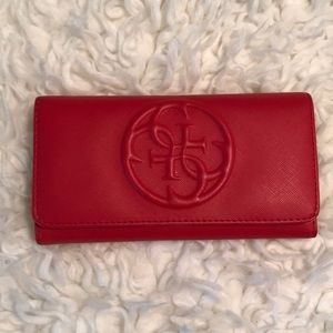 💯% Authentic Guess Wallet